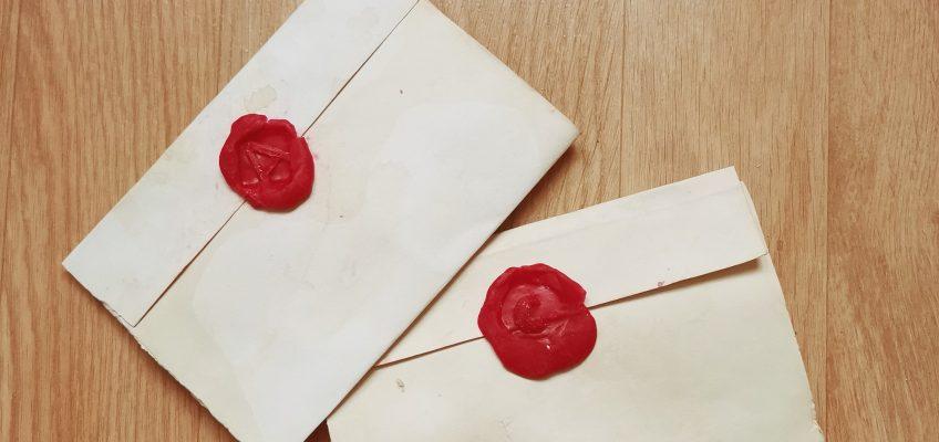 Le Manoir à la maison : atelier lettre médiévale