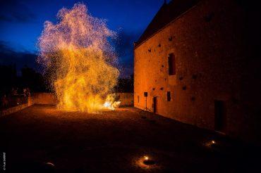 Spectacle de feu au Manoir